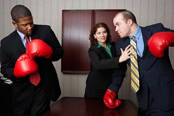 Männer mit Boxhandschuhen